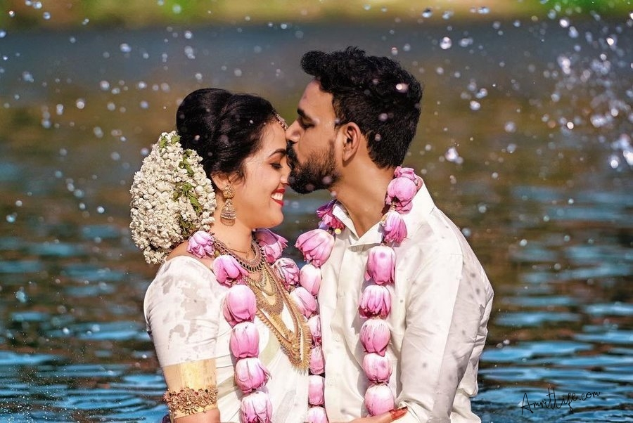 Trends and ideas you can select for Post-wedding shoot..!!!